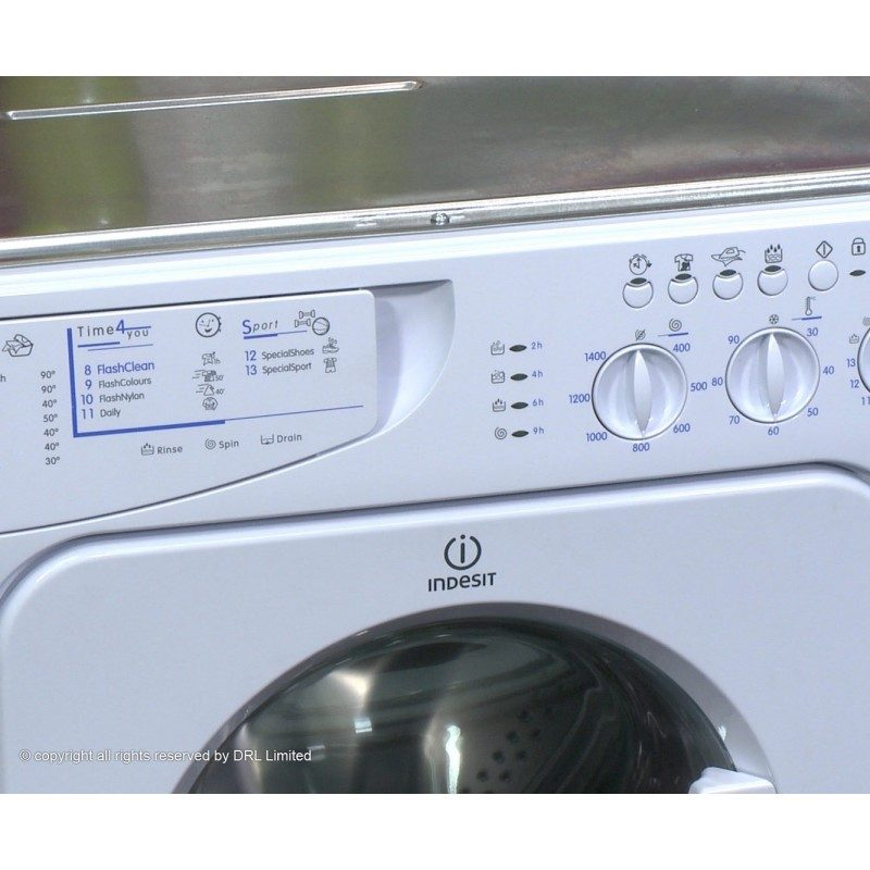 Indesit IWME147 Integrated 7Kg Washing Machine with 1400 rpm